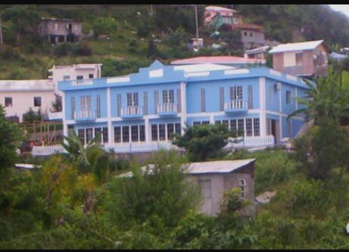 Mont Toute Apartment Building