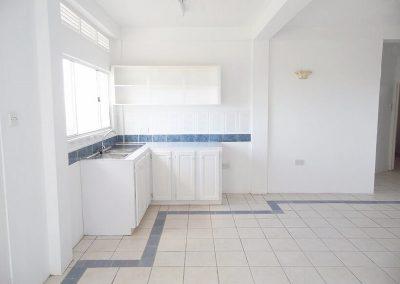 apt_2_kitchen